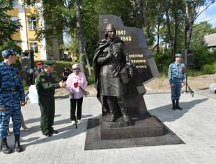 В Республике Карелия открыли памятник медицинской сестре